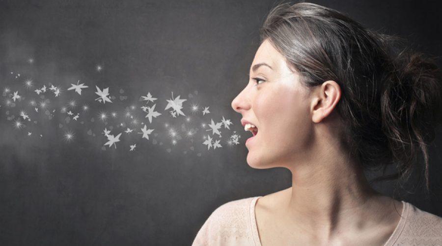 Стоматологи розповіли, як швидко усунути неприємний запах з рота