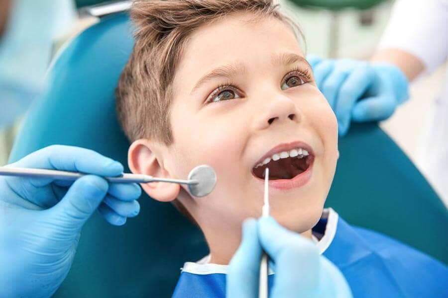 зміна молочних зубів